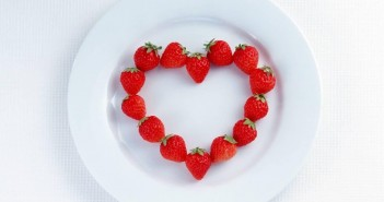strawberry heart via Gravity Centre